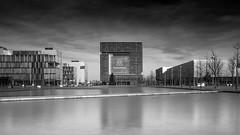 Mono Central Cube (frank_w_aus_l) Tags: longexposure sky reflection water monochrome architecture germany de deutschland essen central wolken architektur spiegelung nordrheinwestfalen darkclouds zentrale thyssenkrupp nikond800