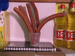 Mexican crullers, directamente desde Mxico, un ramo de churros  (Xic Eseyosoyese (Juan Antonio)) Tags: mxico de 123 mc mexican un ramo palo tee vaso desde azucar churros scribe churro escoba manzanilla cuaderno cartn desechable directamente cormick cucharn kilero cartoncillo aceite