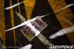 Money Highlighted In Primary (Greenpeace USA 2015) Tags: usa democracy durham newhampshire vote republican democrat keepitintheground