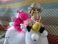 Let's go Unicorn ! (Lena Who) Tags: english me doll ivy moi plush groove unicorn ai licorne peluche mchant minions moche poupe despicable