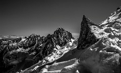 Ascension Solitaire (Frdric Fossard) Tags: panorama alpes lumire altitude horizon ombre glacier neige chamonix rocher ascension alpinisme cime clart hautesavoie granit chardonnet luminosit petiteaiguilleverte massifdumontblanc