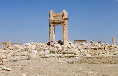 SYRIA-CONFLICT-PALMYRA (pexpixel) Tags: vertical syria palmyra mena syr