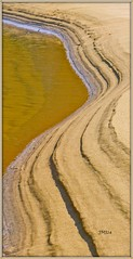 Sand design (jeansmachines24) Tags: shadow vertical golden bay sandbank layered simplistic caswell bordered march2016