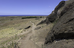 Rano Raraku (blueheronco) Tags: trail pacificocean easterisland quarry tuff rapanui isladepascua ranoraraku volcaniccrater rapanuinationalpark