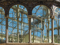 Palacio de Cristal 1 (real ramona) Tags: madrid park light reflection building window glass architecture bright arches palace