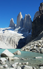 Torres del Paine, base (Felipe FJAZ) Tags: chile parque wild patagonia mountain cold nature nationalpark torresdelpaine