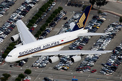 Singapore Airlines Airbus A380-841 9V-SKS (Mark Harris photography) Tags: plane canon singapore aircraft sq spotting