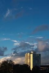 59 (philipp.) Tags: city sky clouds frankfurt plattenbau m42 platte ffm helios44m4