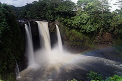 DSC01700_DxO_Grennderung (Jan Dunzweiler) Tags: waterfall rainbow wasserfall jan waterfalls area bigisland hilo regenbogen langzeitbelichtung rainbowfalls longexposuretime waii dunzweiler jandunzweiler