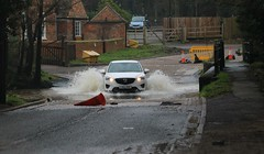 Rufford Ford (Diesel Dude.) Tags: auto park uk trees winter england cars ford water sport river crossing 4x4 flood d country january newyear mazda rufford nav ollerton 2012 midlands edwinstowe 2016 wellow maun cx5 watercrossing ruffordcountrypark ruffordford a614 counrtypark sherewood rivermaun