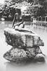 Den lille Havfrue (Linus Wärn) Tags: blackandwhite bw pool monochrome statue blackwhite asia guangdong shenzhen mermaid themepark windowoftheworld thelittlemermaid