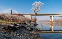 river Kupa (25) (Vlado Ferenčić) Tags: bridge winter boats rivers kupa wintermorning tokina12244 riverkupa nikond90