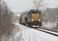 AVR-3, Gambles, Pa. (W&LE45) Tags: railroad winter train trains bo pike wp railroads snowshots avr swp gp40 eightyfour alleghenyvalleyrailroad carloadexpress