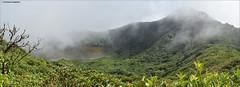 La laguna del crter (Ecalveras) Tags: travel naturaleza lake verde green nature fog clouds landscape volcano nikon selva paisaje panoramic jungle nubes nicaragua laguna niebla viajar ometepe vegetacin aventura maderas panormica volcn centroamrica calveras crter d5300
