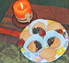 Cookies & Strawberries . (ikan1711) Tags: cookies chocolate treats strawberries valentine almondcookies valentinesday chocolatestrawberries almondmacaroons happyvalentinesday valentinetreats