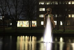 Fontein (Marcel's gallery) Tags: night university nacht nightphoto groningen rijksuniversiteit zernike