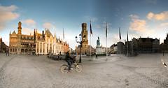 Bruges - Grand-Place - 23-02-2016 - 17h56 (Panoramas) Tags: plaza sunset panorama bike square de soleil cyclist place belgium belgique grandplace stones gothic brugge coucher belgi cobblestones cobble westvlaanderen fv10 bruges markt gothique occidentale vlo belfort ptassembler cycliste grote pavs flandre beffroi multiblend