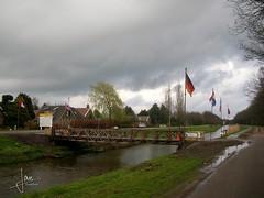 Kanaal Almelo-Nordhorn 2005 - Baileys brug (glanerbrug.info) Tags: 2005 holland netherlands wwii nederland paysbas twente overijssel niederlande kanaalalmelonordhorn secondeguerremondiale tweedewereldoorlog oorlog19401945