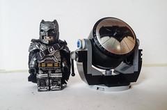 Damaged Armored Batsuit & Batsignal (I P R I M E I) Tags: lego custom batsignal moc armoredsuit batfleck batmanvsuperman
