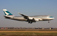 Cathay Pacific Cargo 747-444(BCF) B-HUR (RuWe71) Tags: sunset canon airport aviation cargo landing engines planes boeing flughafen schiphol runway ams cathay boeing747 freight spotting avions widebody flugzeuge eham planespotting boeing747400 luchthaven aéroport spotter vliegtuigen cargoaircraft planespotter cathaypacificairways b744 canonphotography amsterdamschiphol cathaypacificcargo polderbaan amsterdamschipholairport aviationphotography b747f bhur cxcpa b747444