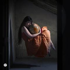 14.La terre (Lara Garca Corrales) Tags: world red orange woman fly globe dress earth center countries attic float levitate