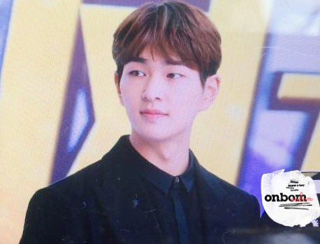 160328 Onew @ '23rd East Billboard Music Awards' 26012395482_01bb4e4114_z
