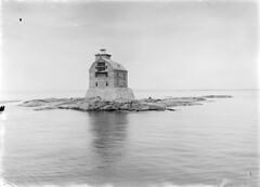 Porkkala; majakka kuvattuna merelt n. 200 m pst (KansallisarkistoKA) Tags: lighthouse 1922 beacon majakka porkkala