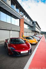 Mclaren 650S Spyder - Pure Mclaren Spa 2016 (Rémy | www.chtiphotocar.com) Tags: woking pure mclaren trackday track race spa francorchamps circuit nikon sigma lightroom v8 twin turbo sportscar supercar car photo belgium belgie event private meeting volcano red 650s spyder 650 s worldcars