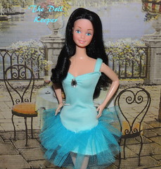 Snowprincess Barbie Doll in Blue Dinner Date Fashion (The doll keeper) Tags: blue black fashion dinner hair dance doll dress barbie date superstar snowprincess 1308