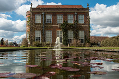 Hinton Ampner-6117.jpg (minibloke) Tags: fountain pond waterlillies hintonampnerhouse