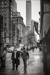 5th Avenue street sceene (Johannes Wachter) Tags: newyorkcity 5thavenue hochhaus