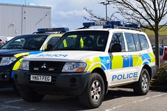 YN57 FEG (S11 AUN) Tags: public support order force 4x4 pov south yorkshire fsu police vehicle emergency shogun mitsubishi response unit 999 syp yn57feg
