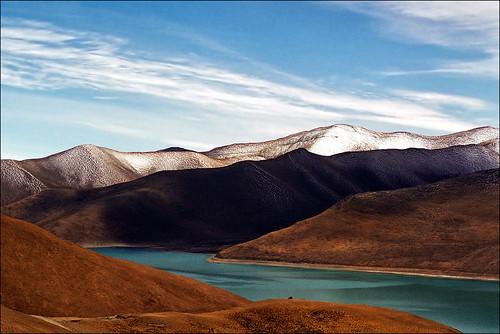 Yamdrok Tso (Turquoise) Lake, Tibet