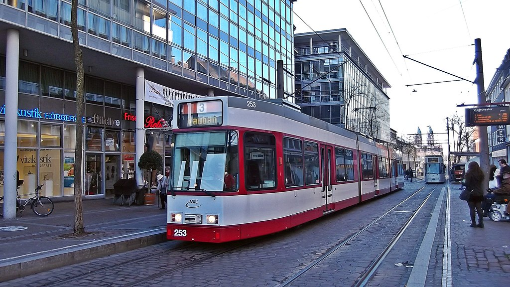 the world 39 s best photos of freiburg and strassenbahn flickr hive mind. Black Bedroom Furniture Sets. Home Design Ideas