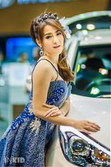 DSC03876 (inkid) Tags: blue portrait people girl lady female thailand prime lights model women pretty dof bokeh f14 85mm sigma indoor thai ambient hyundai thaigirl hsm motorexpo2015