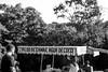 (wolfartf) Tags: park parque brazil bw white black sol nature paraná branco booth de agua day drink natureza saturday sunny preto curitiba coco e cana barraca bebida sábado caldo tanguá