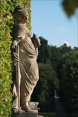 Barockgarten Grosedlitz (p h o t o . w o r l d s) Tags: deutschland fuji skulptur sachsen garten barockgartengrossedlitz s5pro photoworlds