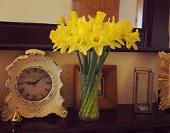 Day 036/366 (hanj_16) Tags: flowers light clock home beauty project mirror candle olympus 365 daffodils mantel comforts 366