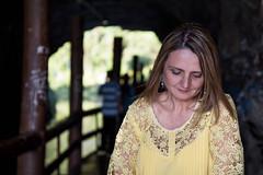 (wolfartf) Tags: park parque brazil woman sol paran day mulher saturday sunny curitiba cave caverna sbado tangu