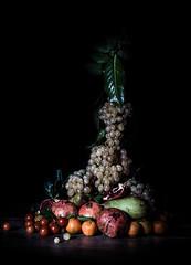 Still life (1.11 Giovanni Contarelli) Tags: stilllife apple fruits leaves foglie canon cherry tomatoes pomegranate tangerines natura grapes pear uva frutta pomodori mela morta pera pomodorini melagrana 24105l mandarini canon24105l canon50d onespeedlight