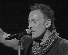 Springsteen-cleveland-Feb 2016 (Valle' Live Photography) Tags: river tour bruce cleveland arena theboss brucespringsteen springsteen loans 2016 quicken
