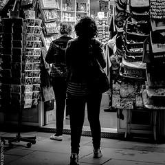 Wien (ZaglFoto.de) Tags: wien street blackandwhite bw streetphotography schwarzweiss blackandwhitephotography streetphotographer strase