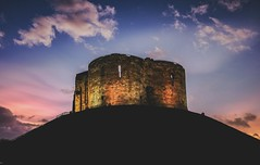 Clifford's Tower - York (Old Cardinal Photography) Tags: york sky tower history architecture clouds hill historic