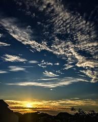 Basta abrir os olhos para começar a enxergar.. (c.brunoluz) Tags: sky sol clouds céu sin nuvens céuazul bluessky