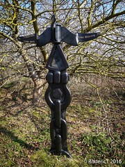 20160317-DSC00762 Stratford Upon Avon To Long Marston Sign Post Greenway Old Railway Warwickshire.jpg (rodtuk) Tags: england art train misc places vehicle kit warwickshire stratforduponavon b24 midlands phototype rx100