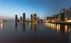 Rotterdam / Rijnhaven 2016 (zilverbat.) Tags: longexposure nightphotography bridge wallpaper moon haven water dutch skyline architecture night canon photography harbor rotterdam nightlights nightshot image availablelight thenetherlands stedelijk le brug avond maas kopvanzuid hotspot 010 brucke rotjeknor waterstad avondfotografie rijnhaven maasstad zilverbat zuidoever stadaandemaas longexposurebynight longexposurenetherlands elvinhagekpnplanetnl