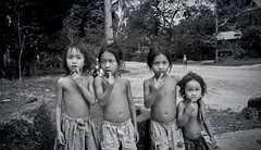 ONE LEFTY AND THREE RIGHTYS BROTHERS B/W (DROSAN DEM) Tags: bw boys forest cambodia brothers selva rep nios bn jungle siam hermanos