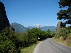 01 018 drumul spre Kastraki 06370 (Doru Munteanu) Tags: stefan meteora kalambaka kalampaka dorumunteanu ddmunteanu
