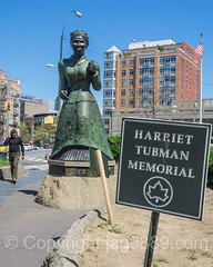 Harriet Tubman over-lifesize Portrait Sculpture (2007) by Alison Saar Swing Low, Harlem, New York City (jag9889) Tags: park plaza nyc newyorkcity portrait sculpture woman usa streetart ny newyork art memorial artist unitedstates outdoor harlem manhattan unitedstatesofamerica africanamerican publicart 20 civilrights activist conductor tubman undergroundrailroad banknote 20bill harriettubman nycparks twentydollarbill 2016 abolitionist publicpark newyorkcitydepartmentofparksrecreation jag9889 20160424