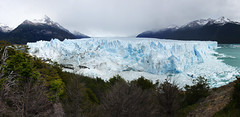 Perito Moreno's icy tones of blue (Gregor  Samsa) Tags: trip patagonia holiday ice argentina walking outdoors los view hiking walk hike glacier adventure journey vista overlook viewpoint peritomoreno perito moreno glaciares losglaciares
